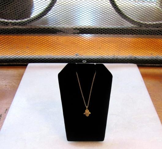 Hemphsa Necklace