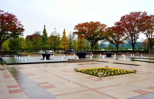 Wadakura Fountation Park 2